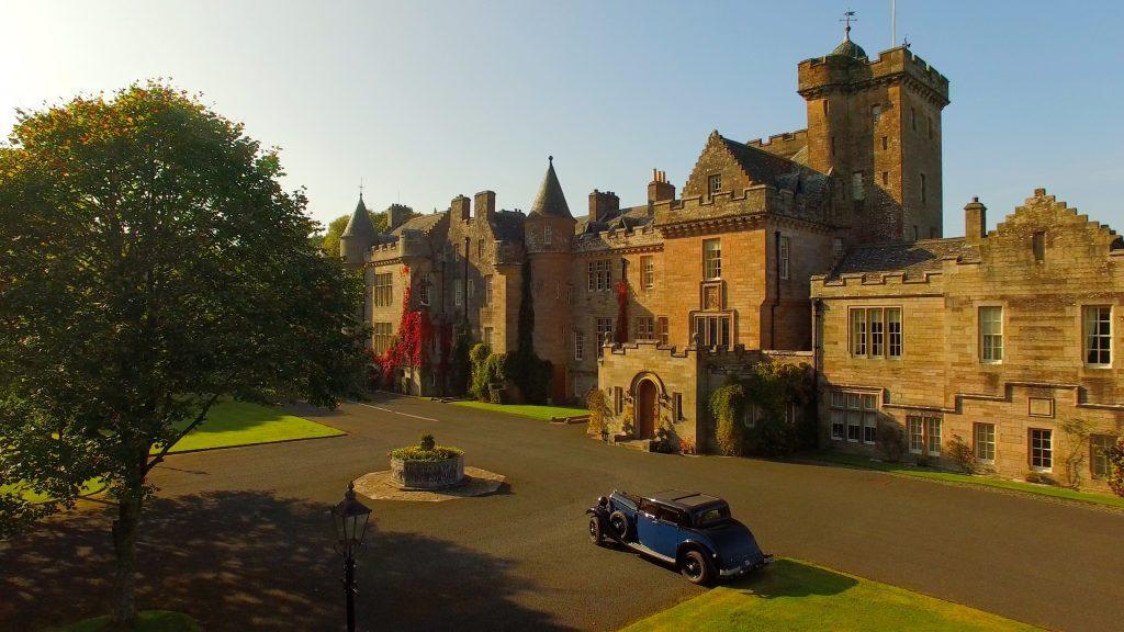 Glenapp Castle.jpg
