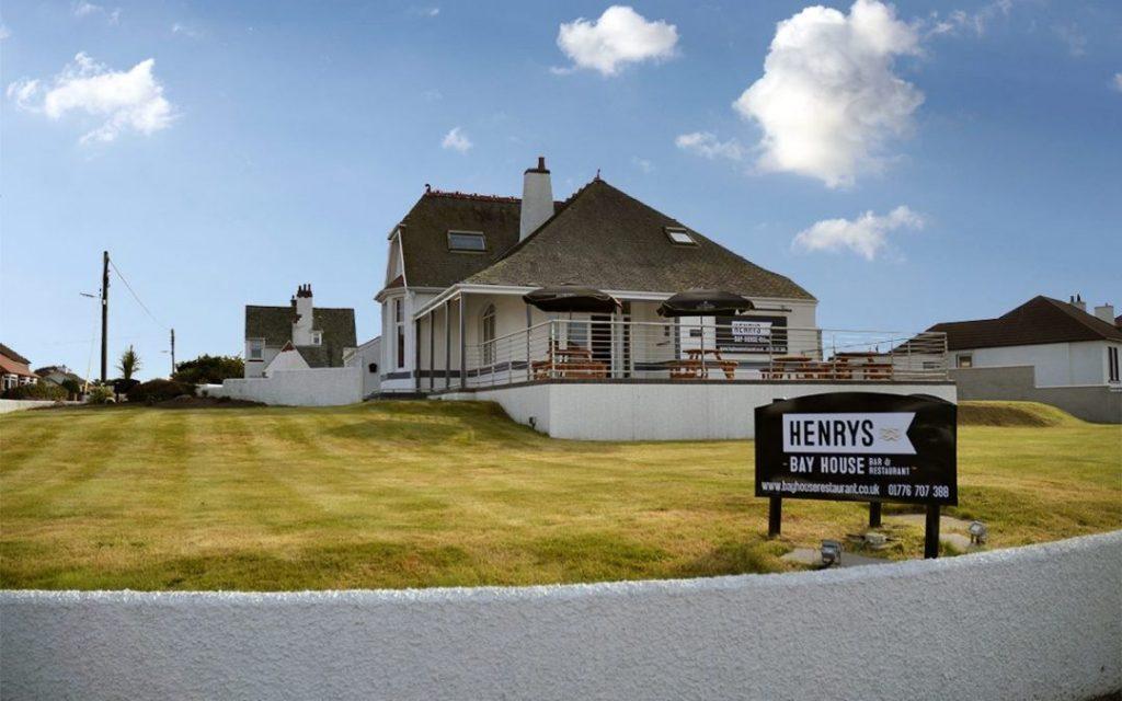 HENRYS BAY HOUSE RESTAURANT.jpg